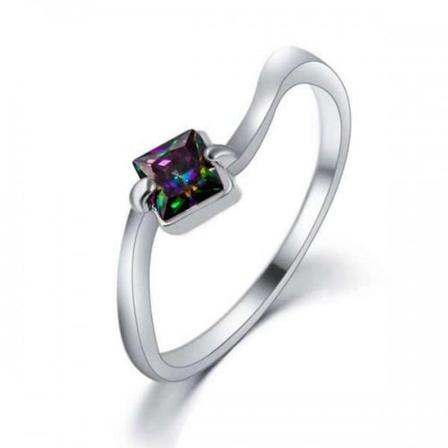Filigraner silberfarben Ring mit quadratischem vitrail Zirkon als Modeschmuck Fingerring