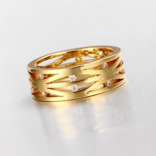 Filigraner goldfarbener Ring mit transparenten Minizirkonen als Modeschmuck Fingerring