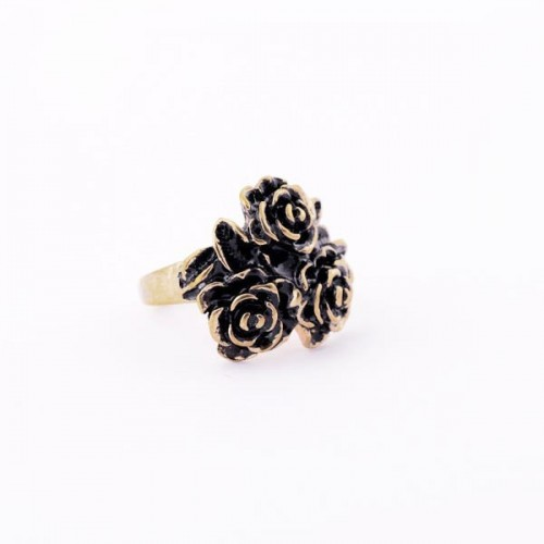 Vintage Ring in antikgoldfarben mit drei Rosen als Modeschmuck Fingerring