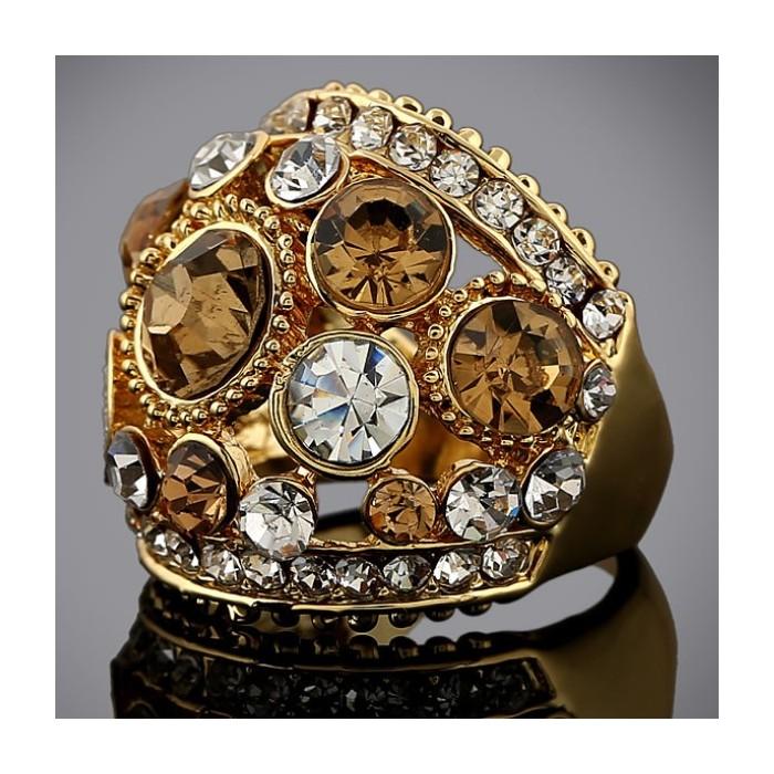Opulenter gold Ring mit verschiedenen transparenten und topazfarbenen Strasssteinen Modeschmuck Fingerring