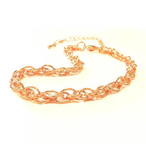 Filigranes rosegoldfarbenes Armband als Modeschmuck