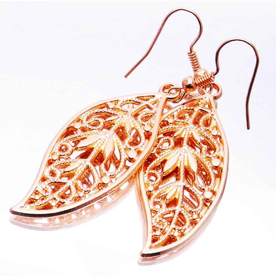 Rosegoldfarbene Ohrhänger mit Blatt Modeschmuck Ohrringe