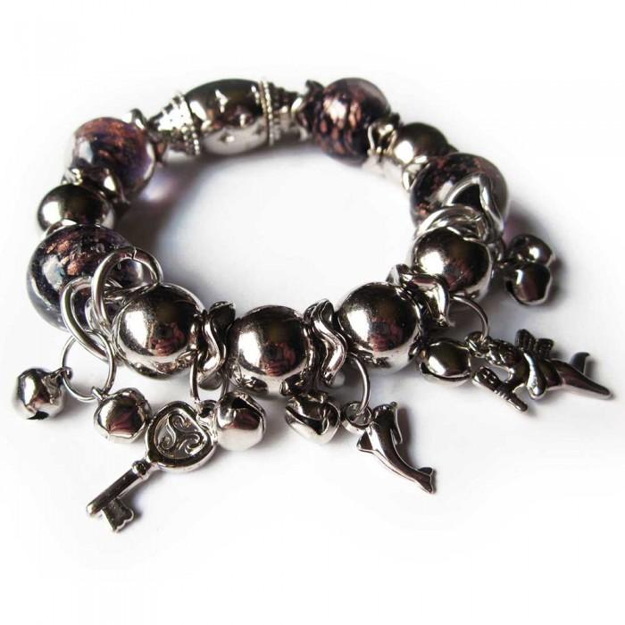 Bettelarmband mit großen auberginefarbenen Glasperlen und silberfarbenen Perlen Modeschmuck